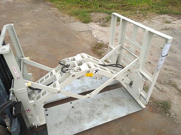 Bộ công tác Push pull lắp trên xe nâng HELI