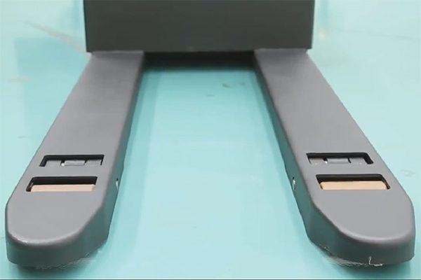 xe nâng điện mini CBD30-470