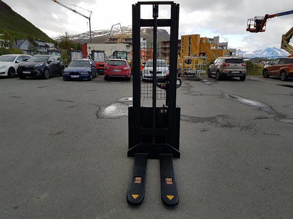 xe nâng điện mini tay cao