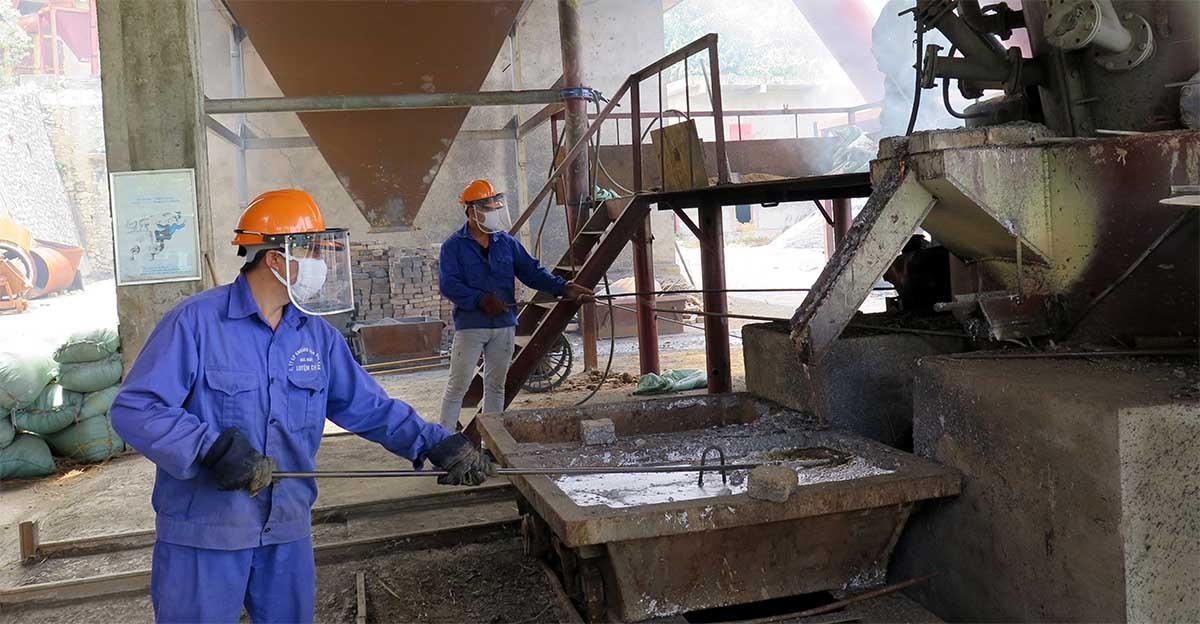 Nhà máy chế biến quặng tại Bắc Kạn