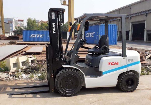 Xe nâng dầu TCM FDH30T3A