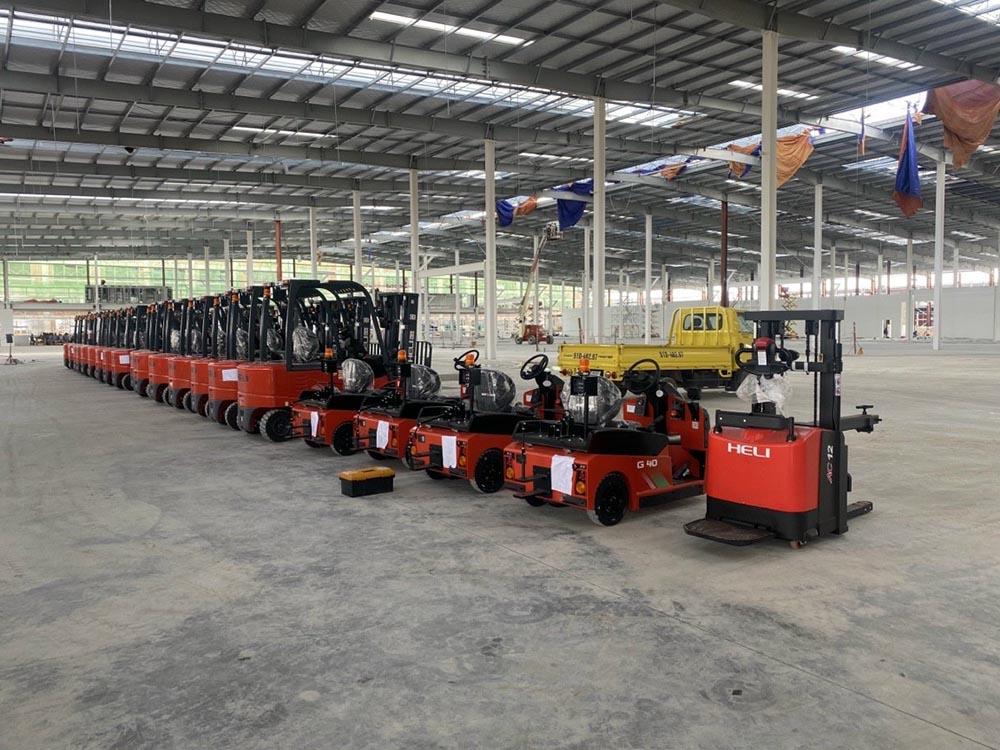 Bàn giao lô xe nâng HELI tại Tây Ninh