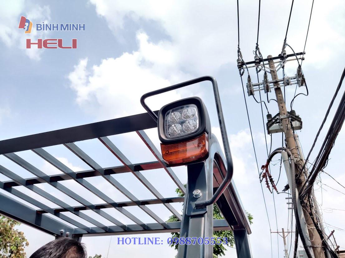 Đèn pha xe nâng dầu 6 tấn Heli