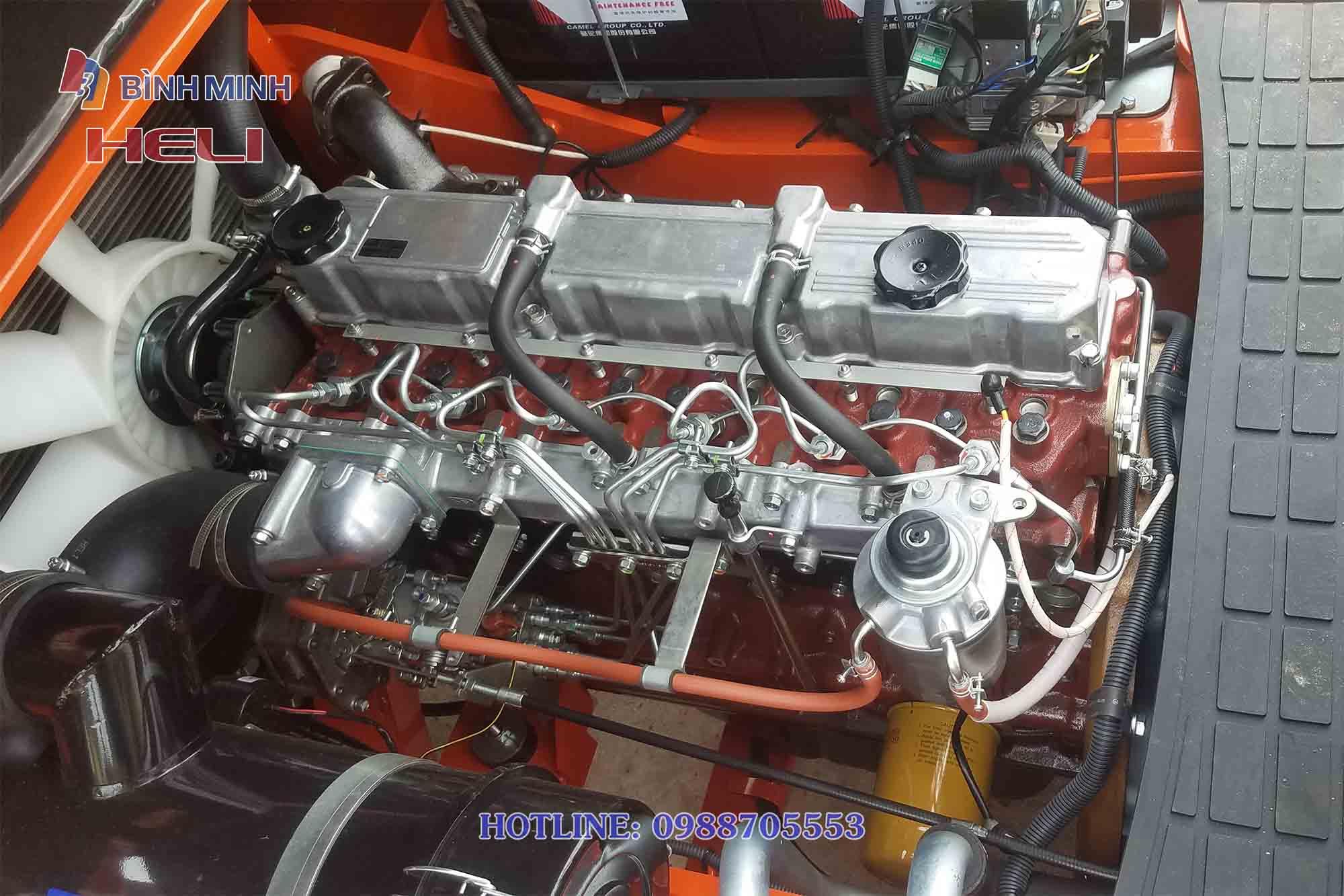 Động cơ Mitsubishi S6S-230